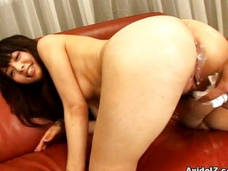 Sexy Aimi Nakatani gets a successfully saddle with