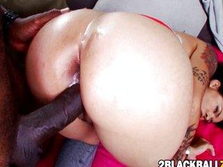 Flirtatious thai Dana Vespoli pussy ripped