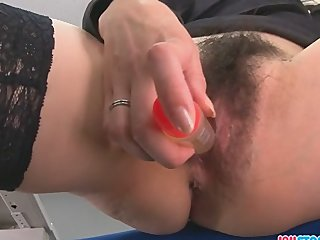 Hojo toying her pussy by means of an office meeting