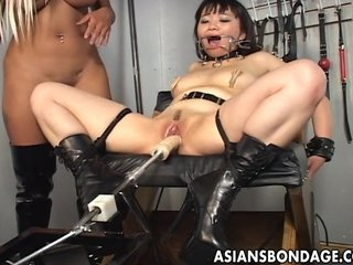 Fair-haired lint toys her Asian slavegirl into