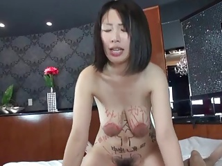 Floppy titty MILF gets creampied