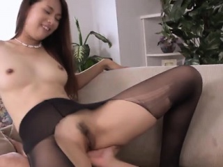 Asian ripped nylon wearing babe squirts