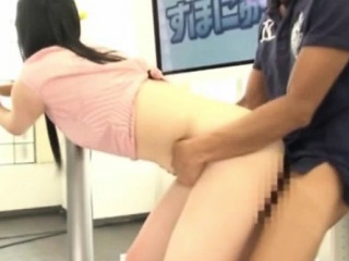 Japanese cutie licked out and fucked
