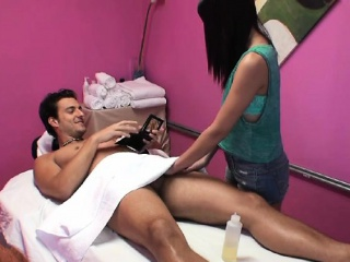 Asian Hottie Hazel Pinkish Gives Massage And Blowjob