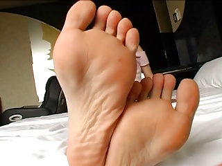 Mao Kaede - Japanese Foot Fetish