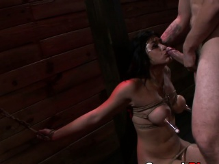 Slave gets wam sucking