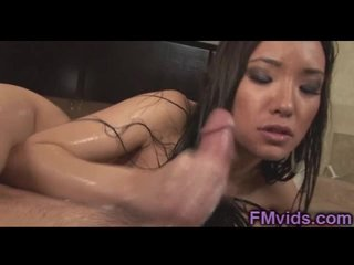 Miko Sinz gives amazing handjob with cumshot