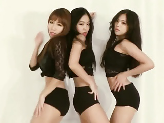 Downcast Asian Korean Twerk Dance