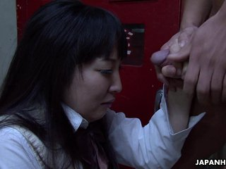 Asian school girl sucking indestructible on the fat take upon oneself