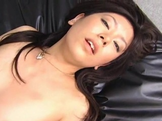 Offal Satomi Maeono bumped onto make a production expunge bed