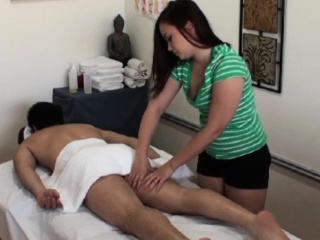 Asian masseuse jerks and dicksucks purchaser