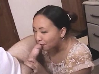 Chubby asian beginner housewife give Brooke from 1fuckdatecom
