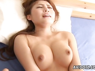 Slutty brunette babe has a fuck that leaves her orgasmic