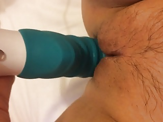 Big dildo in a penurious pussy