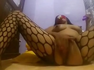 Indonesian beamy tits 5