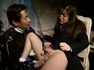 Pigtailed Japanese schoolgirl finds a way to please her hun