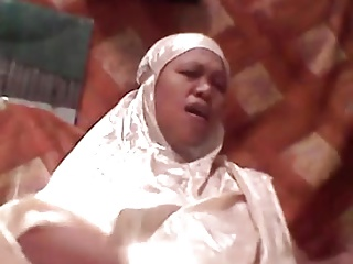 indonesian milf in hijab masturbating