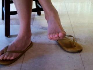 Frankly asian bookwork queen feet an Shonda from dates25com