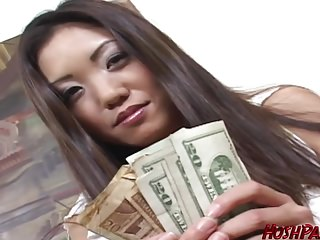 Housewife Kaiya needs cash, to get her alms-man a Epicurean treat gift!