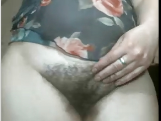ARAB Spliced SHOWS HER Queasy PUSSY