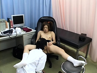 Hospital milf fucked by doctor above hidden cam