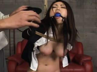 Hawt promoter gets anal stimulation almost toys in xxx show