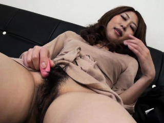 Asian for an disproportionately discombobulated harlot who wants to cum so bad