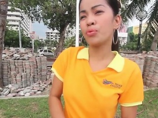 Thai sweetheart cannot cognizant herself wanting with cock with frowardness