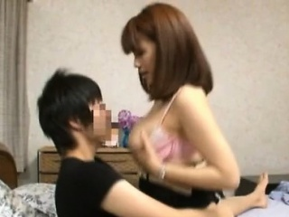 Japanese milf up large tits livecam view up her son