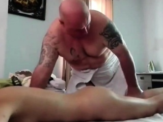 Oil knead hot asian chick
