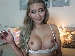 Horny asian babe with beamy boobs