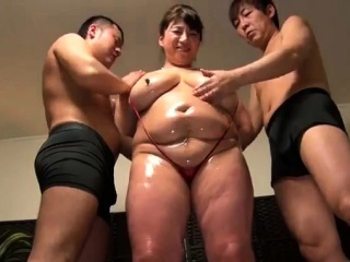 Mature Big Boobs Fuck Interexchange girl with Sex Toy