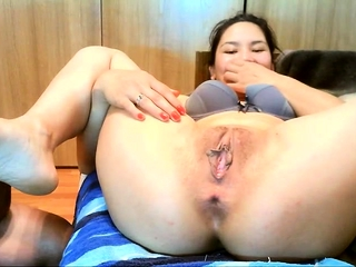 Asian Lapreece Maddox is tired of small cocks