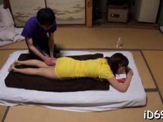 Japanese floozy with mammoth juggs feels wang in wet snatch