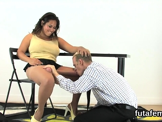 Chicks screw bfs butthole with big belt dicks and spew cum