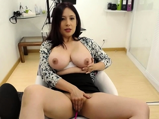 Asian webcam chick with yummie big bosom