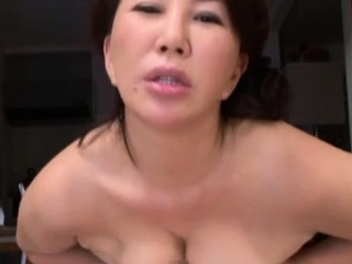Pleasant full-grown babe gives blowjob and rides a big pole