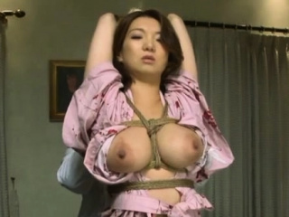Naked eastern Mio Takahashi in vocalized sex action