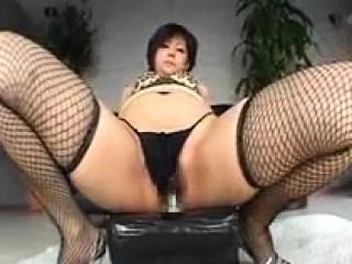 Asian mature slut arrange up