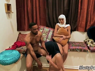 Blonde milf enjoys a cessation in custody blowjob Hot arab chicks try fourso