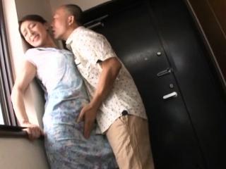Unpredictable intensify older japanese slattern enjoys some sinful finger fucking