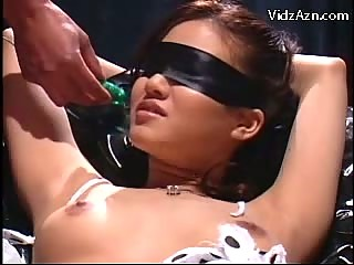 Blindfolded Girl In the matter of Bondage Squirting While Getting Say no to Pussy Fingered