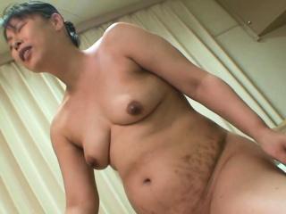 Japanese granny Ayako Yukawa blowjob and sex