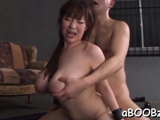 Attractive cutie Ran Niiyama gets filled forth to an edge
