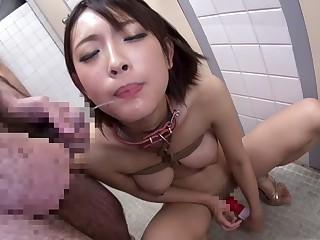 Yuzu Ogura around Public Toilet Pervert part 1.4