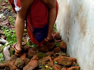 Devar Outdoor Fucking Indian Bhabhi In Abandoned Residence Ricky Public Sex