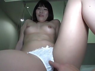 Seriously Nampa is first and. 395 in Akihabara Yuko 25-year-old married woman