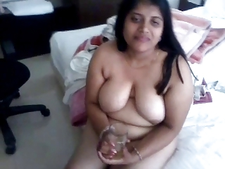 Indian Aunty 1061