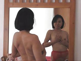 Pornstar Filipina Gina Jones