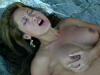 Nice outdoor porn scene